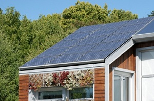 CLOSE-UP: Solar Roof